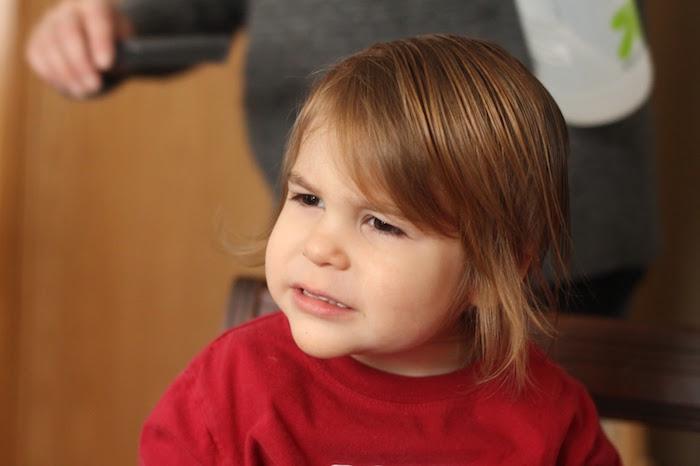 coiffure petit garçon 3 ans cheveux mi long blonds