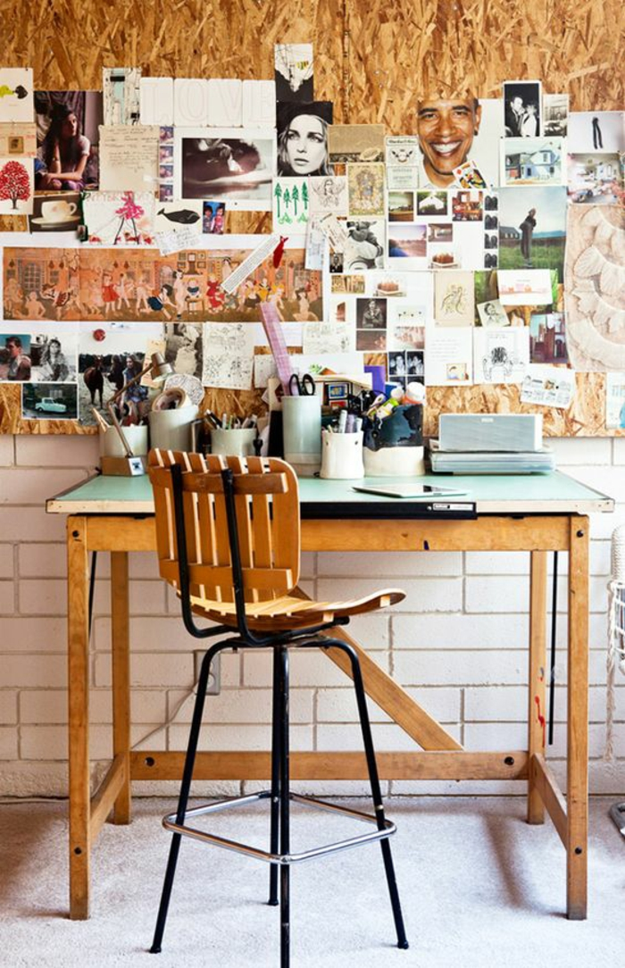 comment aménager une chambre de 9m2, dans un style atelier, mur avec des photos, tabouret haut en bois et métal noir