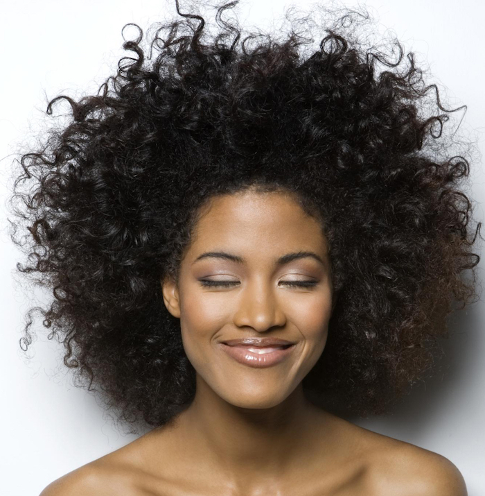 1001 id es coupe afro femme because i 39 m nappy - Coupe courte afro degrade ...