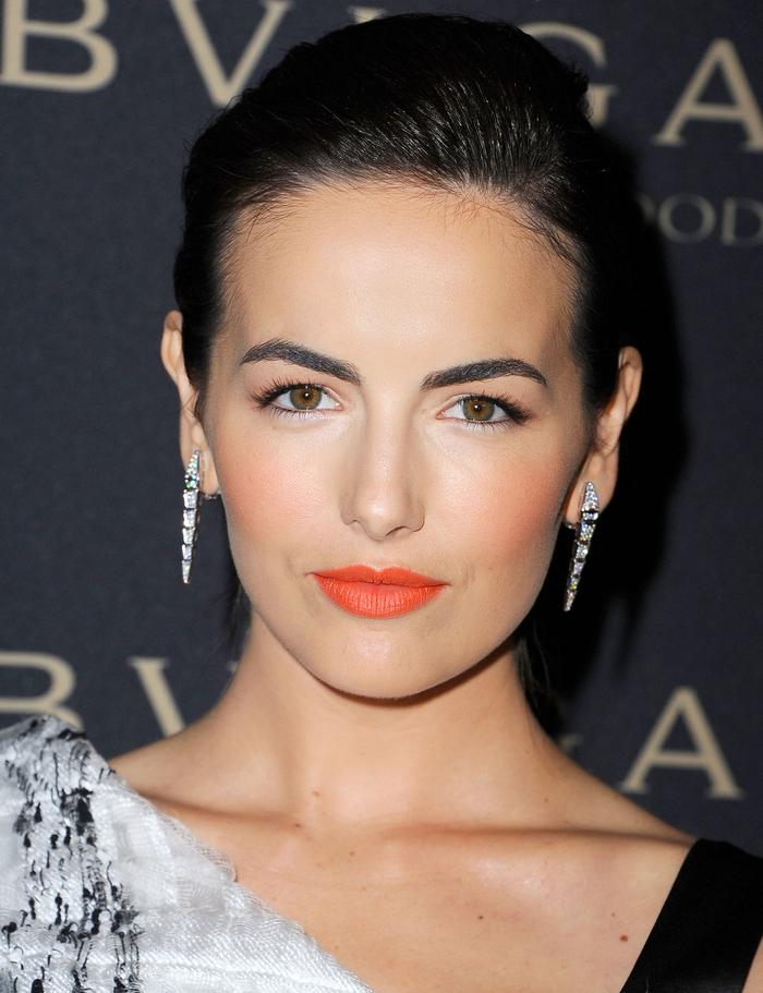 les secret pour un sourcil parfait femme, le maquillage parfait pour des arcs bien dessinés