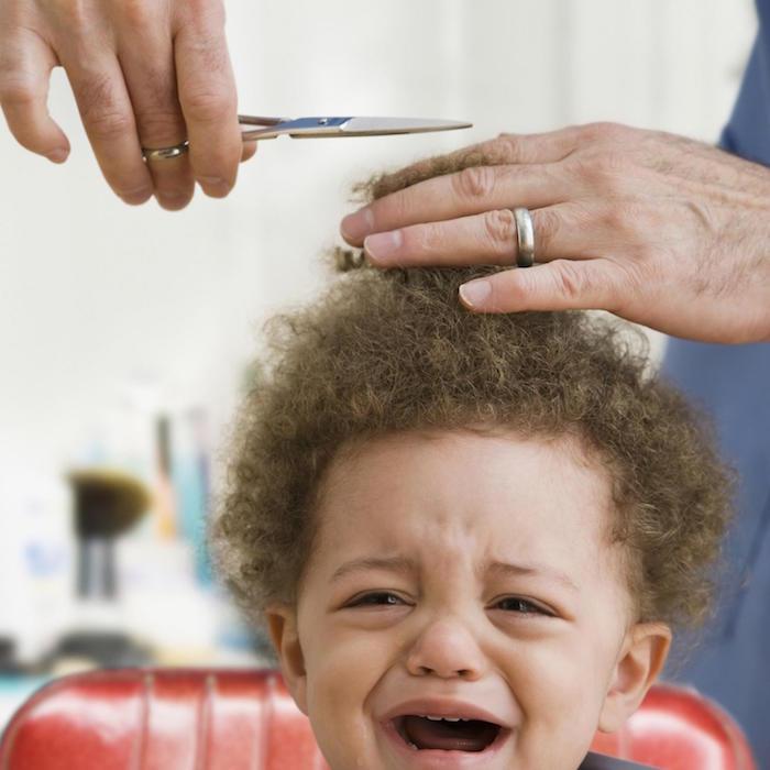 coiffure bebe cheveux bouclés crepus coupe enfant metisse