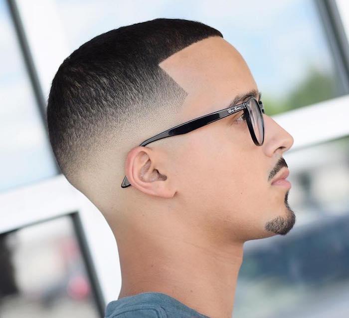 coupe de cheveux courte pour homme, dégradé progressif pour coiffure courte
