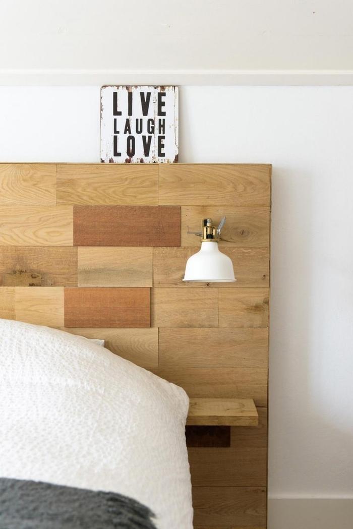 idée originale pour faire une tete de lit avec rangement intégré de style vintage et aux accents déco industriels