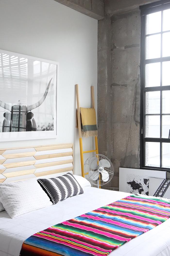 100 id es pour fabriquer une t te de lit en bois qui transformera votre chambre obsigen - Fabriquer une chambre noire ...