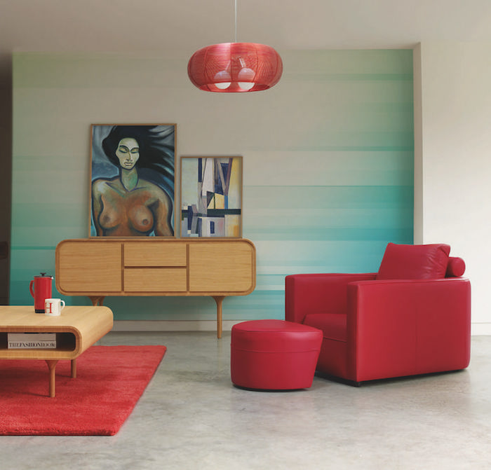 photo decoration murale design, deco salon vintage avec peinutre degradé, meubles retro design