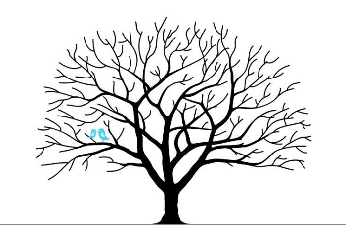 arbre a empreinte pour mariage, dessin arbre noir aux branches et sans feuillage avec oiseaux bleus symbolisant l'amour