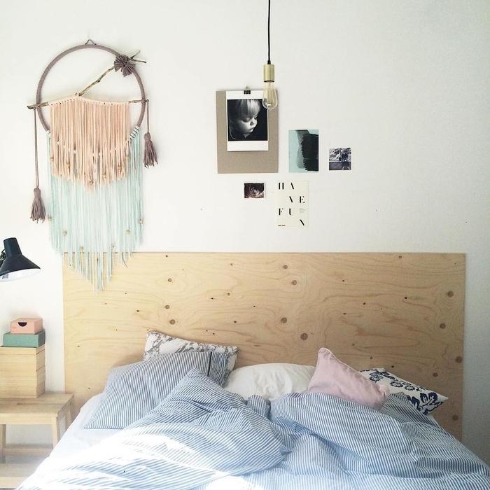 idée pour faire une tete de lit versatile qui d'adaptent à plusieurs style de déco, chambre bohème chic avec une tête de lit réalisée en contreplaqué