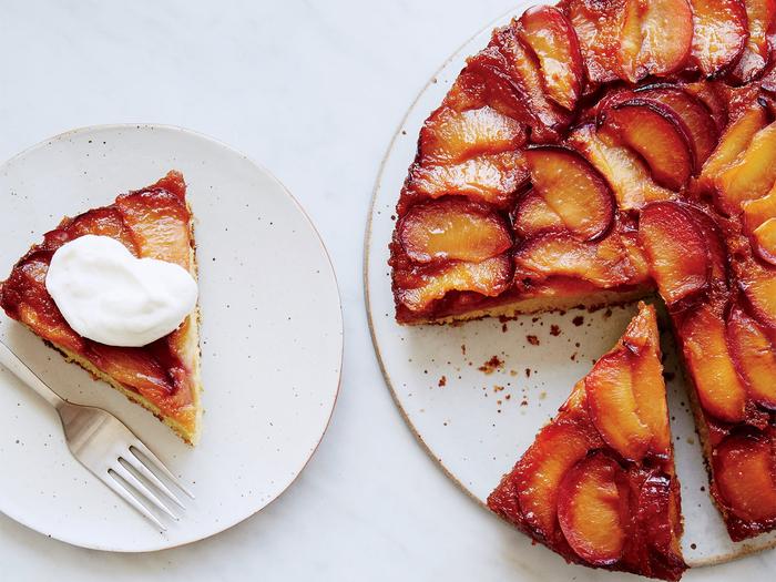 recette de gateau facile et original, gâteau renversé aux prunes très parfumé