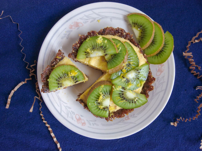 tarte crue vegan au goût tropical, recette crue de gateau facile et original