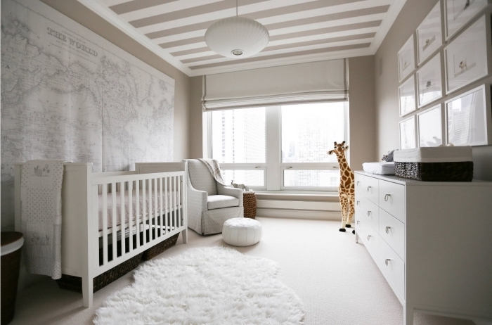 chambre blanche et taupe latest chambre bebe complete taupe for chambre blanche et taupe with. Black Bedroom Furniture Sets. Home Design Ideas