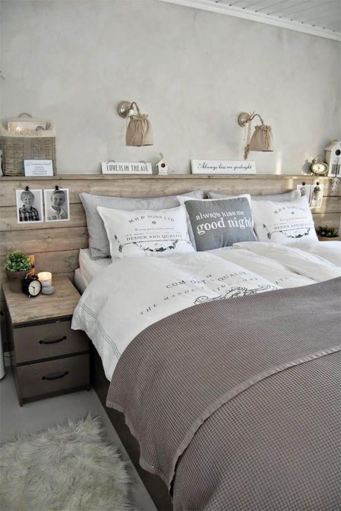une chambre à coucher aux tons neutres aménagée au style champêtre, faire une tete de lit avec espace de rangement