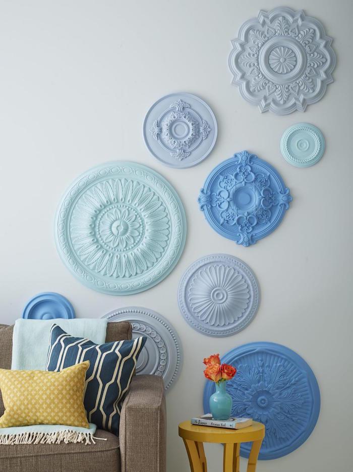 comment decorer son salon, idée deco murale relief, decoration ceramique sur mur