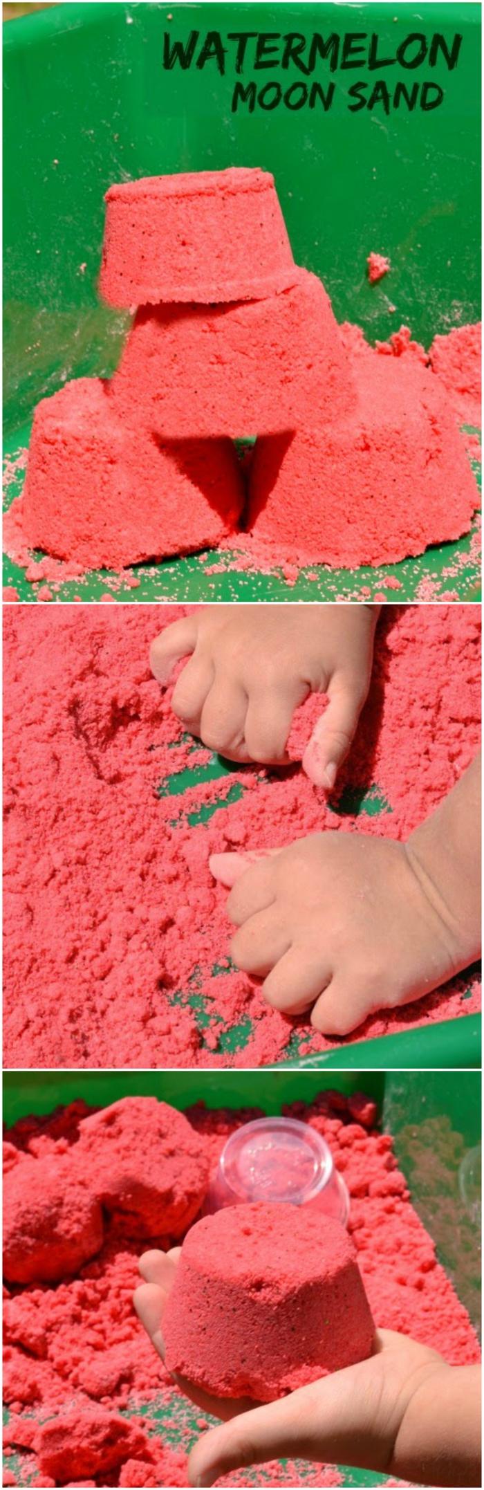 un bac sensoriel avec du sable cinétique fait maison de couleur pastèque, idées d'activités sensorielles pour les vacances d'été