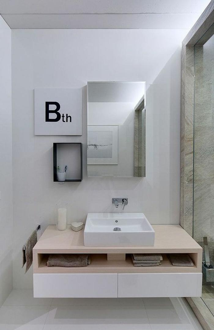 idée carrelage salle de bain, plan salle de bain 6m2, carrelage blanc, meuble suspendu en blanc et pêche, lavabo blanc carré inséré dans le meuble de rangement