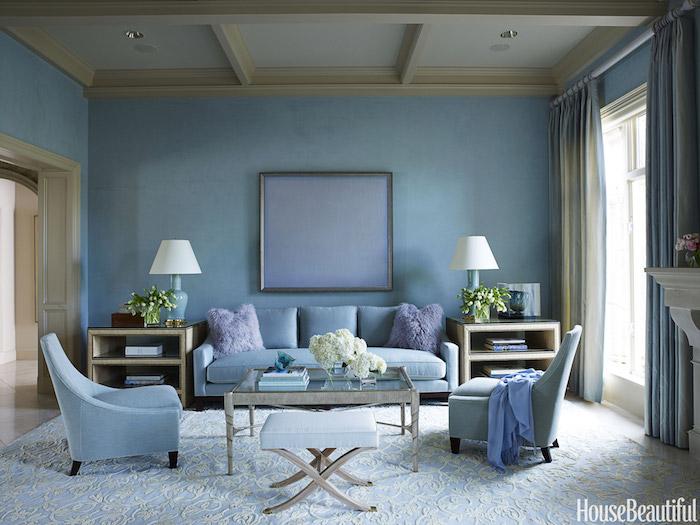 peindre son salon d'une couleur unie, tapisserie salon bleu, décoration intérieur bleu, cadre de tableau couleur unie