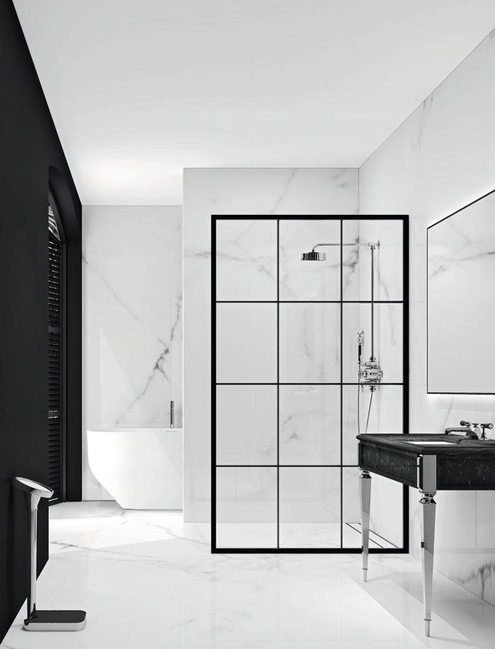 idee salle de bain stylée aux murs à design marbre blanc et pan de mur noir matte avec plancher et plafond blanc
