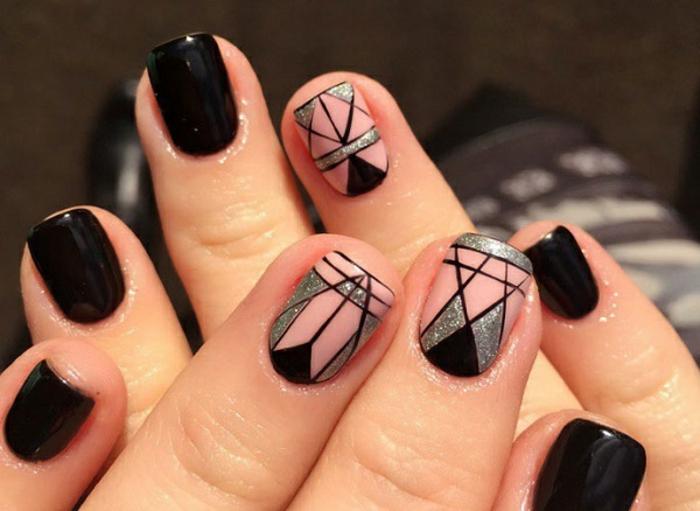Comment décorer ses ongles vernis semi permanent brillant et normal noir rose et argent