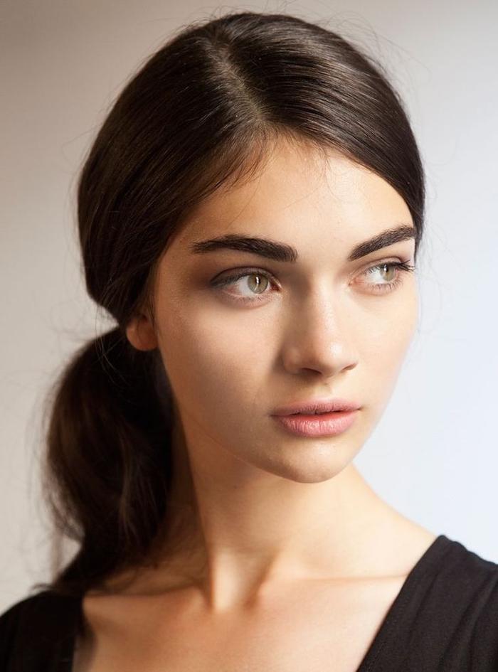 comment choisir une forme sourcils selon visage et ligne naturelle, jolis arcs accentués au crayon à sourcils