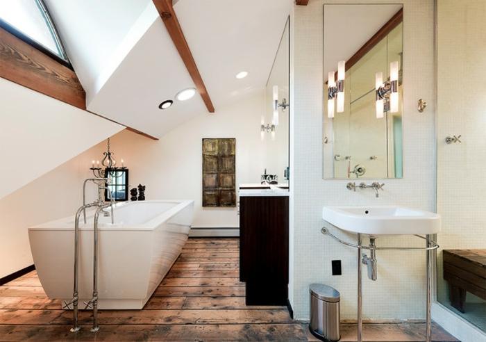 agencement salle de bain design scandinave, vasque blanche, sol en planches de bois, miroir sans encadrement