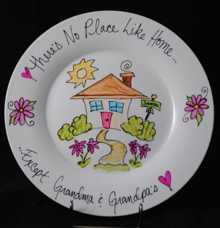 cadeau personnalisé pour la fête des mamies à design blanc avec dessin d'enfant coloré et mots doux
