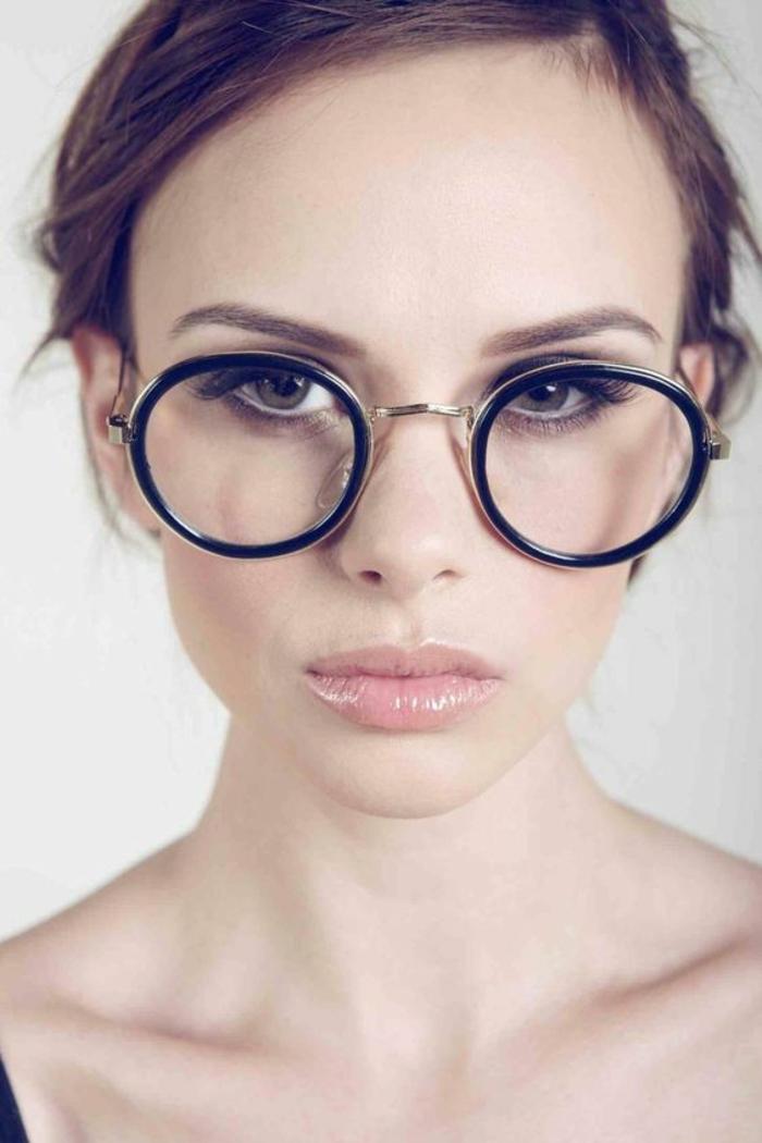 lunette de vue, monture lunette, des verres ronds, monture avec deux ronds en noir, style sexy, modèle attrape l'œil