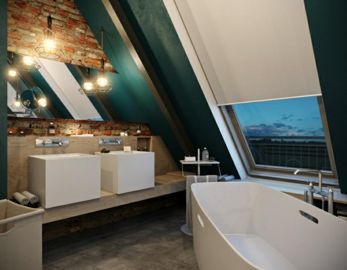vasques à poser rectangulaires design original, baignoire blanche, grande fenêtre inclinée, mur en briques rouges