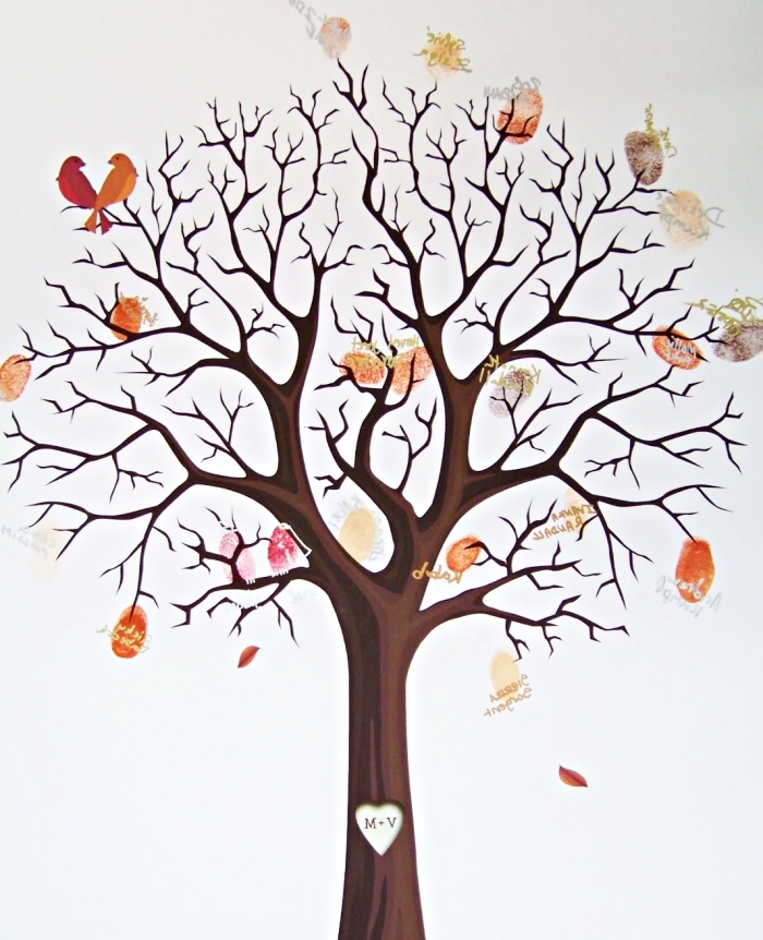 couverture pour l'album photo scrapbooking à thème mariage avec dessin arbre vierge avec oiseaux amoureux et empreintes