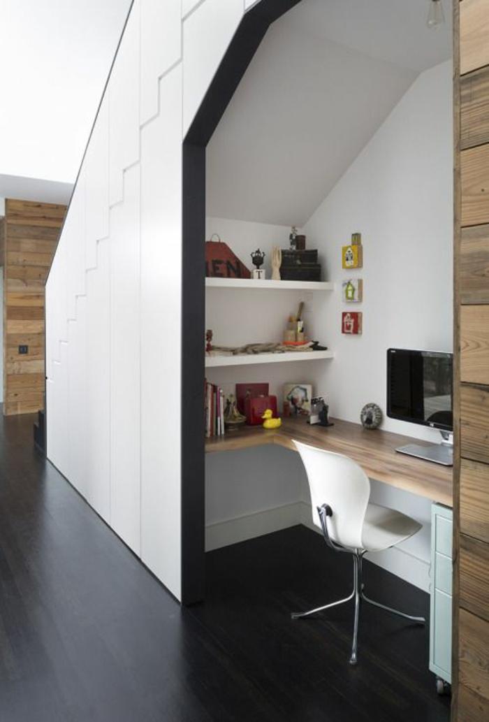 comment aménager une chambre de 9m2, déco chambre étudiant, parquet noir, niche organisée pour les études en surface blanche PVC, étagères blanches avec des livres et des photos, meuble blanc a roulettes pour le rangement
