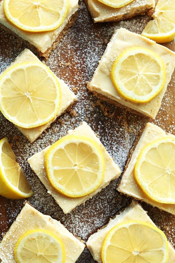 recette diététique vegan de carrés au citron frais et léger, sans sucre ajouté