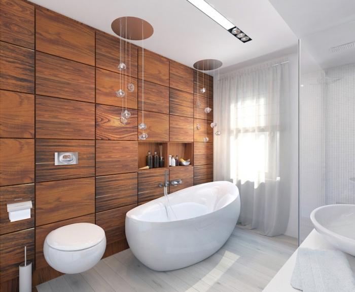 décoration intérieur en blanc et bois avec plancher de bois blanc et modèle de plafond original avec éclairage led