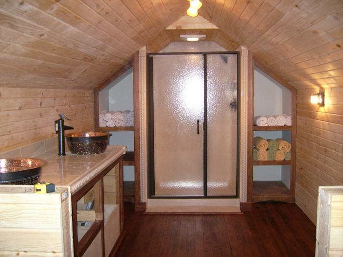 salle de bain en pente, cabine de douche et range-serviette mural, vasques à poser en fonte