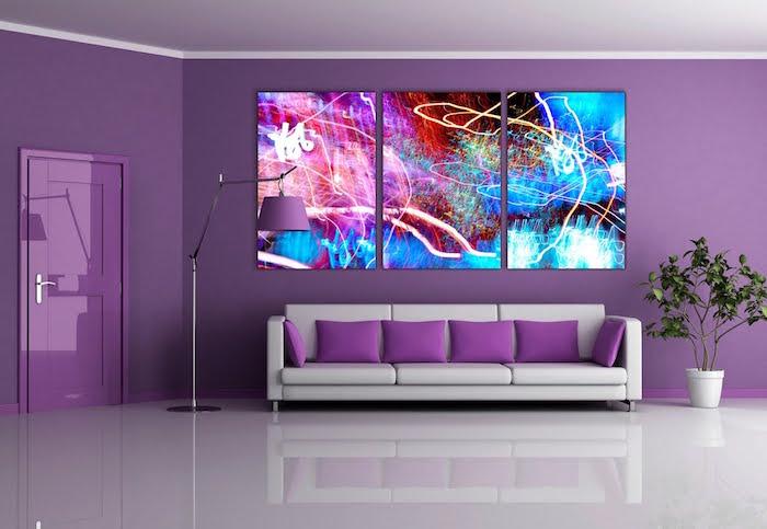 image salon moderne décoré en violet, comment décorer séjour en mauve design