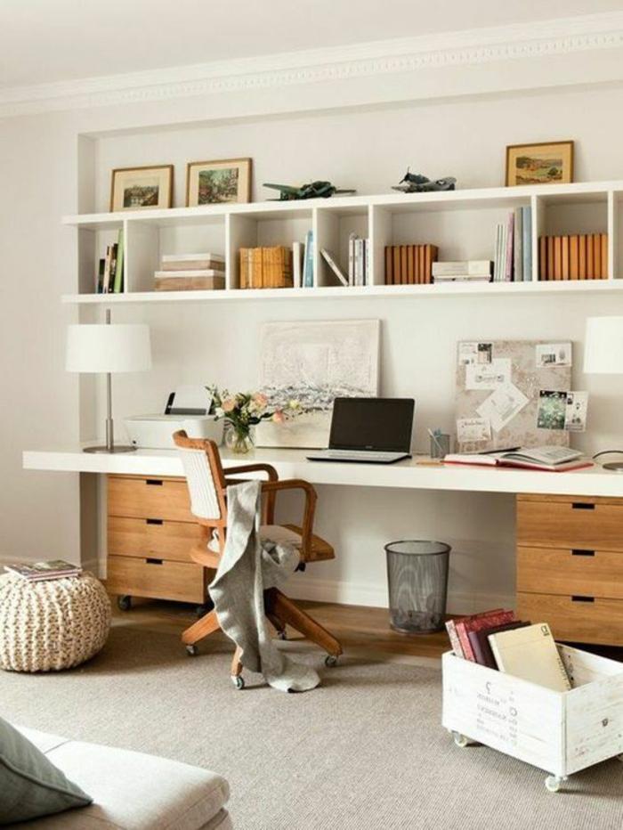 sol en moquette blanche, pouf marocain en couleur ivoire, étagères blanches, chambre 9m2, déco chambre étudiant, deux meubles en bois clair
