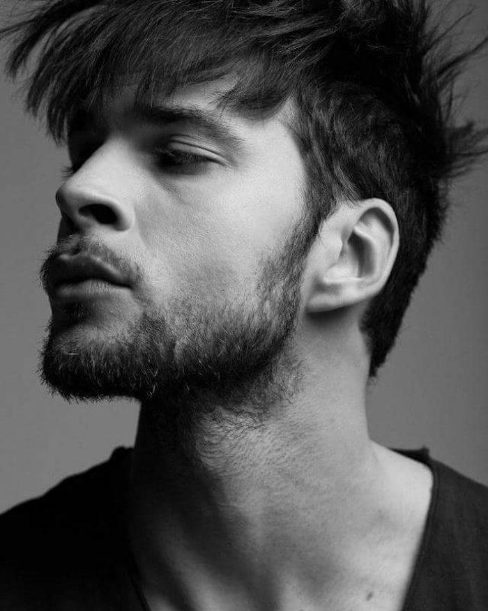 idée tailler sa barbe irrégulière clairsemée homme courte