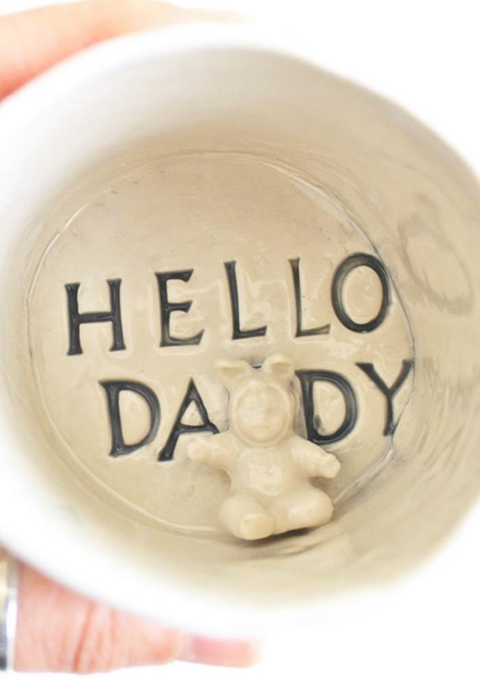 tasse avec texte salut papa dans une tasse en céramique blanche, cadeaux créatifs