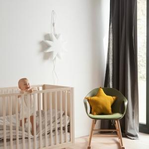 Décoration chambre bébé fille - comment lui donner du caractère?