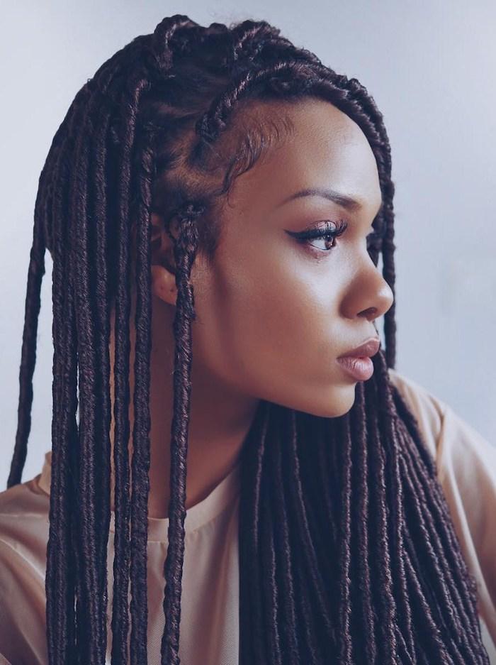 Coupe courte afro coiffure africaine femme chic idée de coiffure