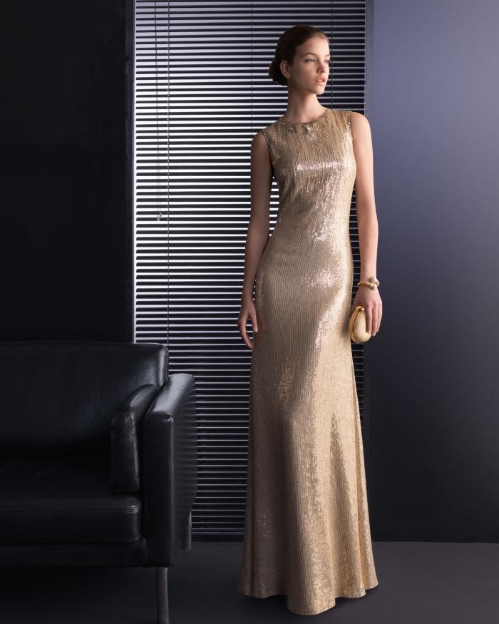 robe de soirée longue pour mariage à design or, vision élégante et raffinée en robe longue combinée avec accessoires en or