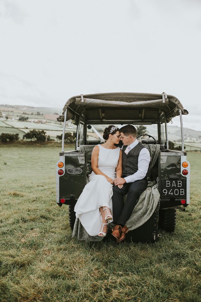 Boho robe de mariée simple robe de mariée vintage voiture de mariage