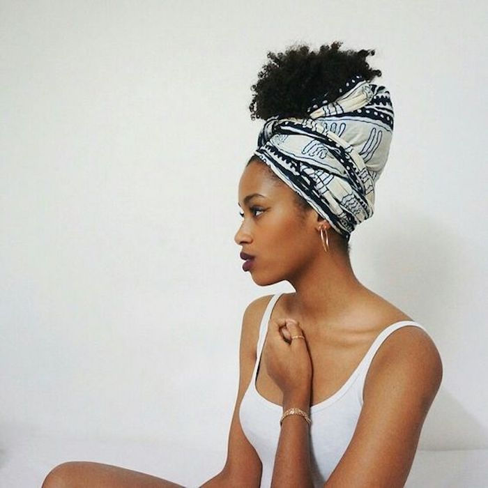 Tresse africaine femme modele de tresse idée de coiffure femme coiffure avec écharpe coiffure avec un foulard