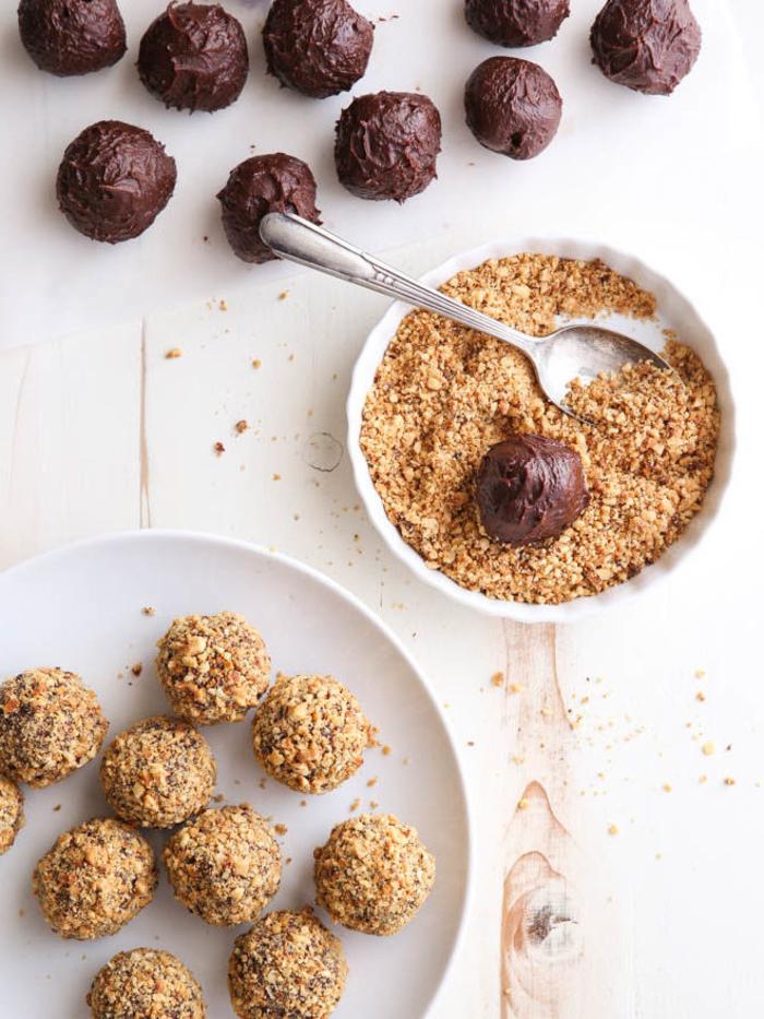 recette nutella facile et rapide de truffes au chocolat enrobées de pralin idéales pour un cadeau gourmand