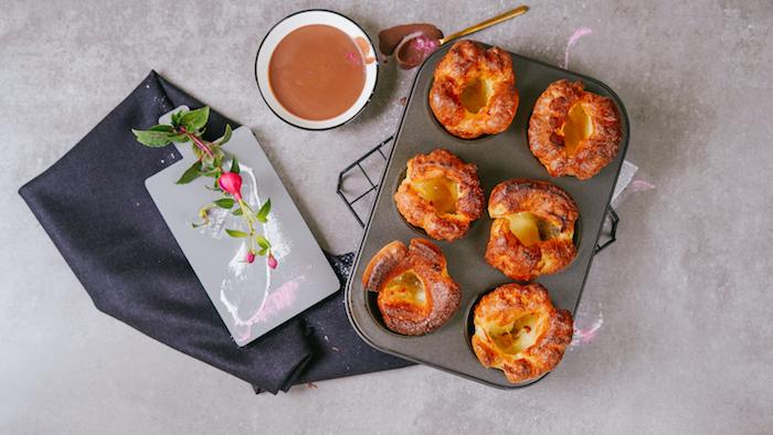 comment faire du pain au lait exemple de pain sucré yorkshire pudding recette cuisine anglaise traditionnelle