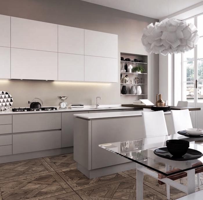 uisine contemporaine grise avec bar, déco cuisine gris et blanc taupe avec lustre design