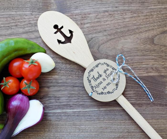 modèle de petite cuillère de bois personnalisé pour les invités au mariage à thème marine, étiquette personnalisée mariage