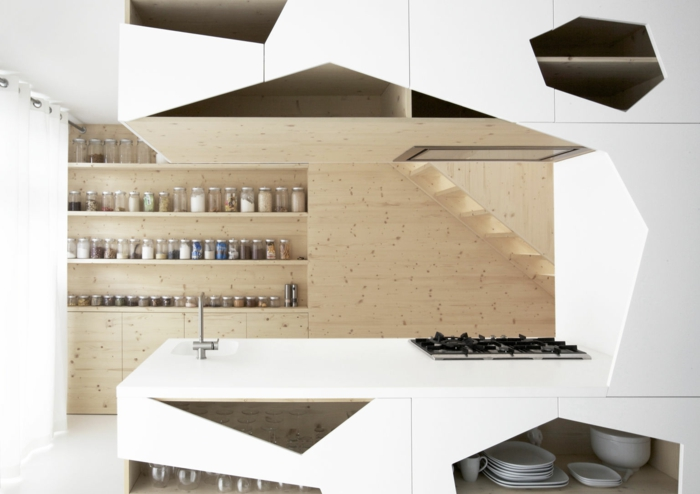 cuisine bois et blanc design futuristique, étagères en bois ouvertes