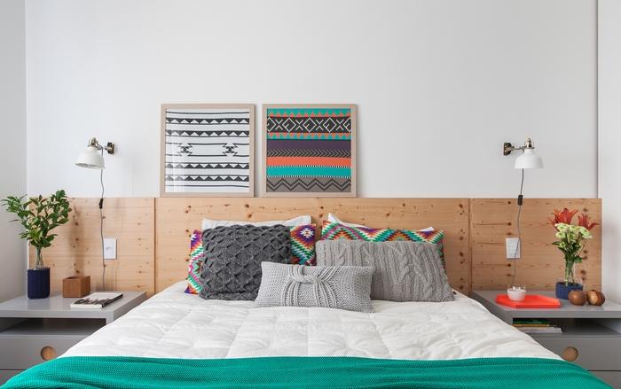 idée pour décorer sa chambre à coucher avec une tête de lit en contreplaqué qui lui donne du caractère