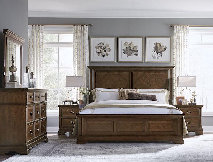 décoration chambre vintage, déco classique pour chambre adultes, meubles en bois et literie rétro