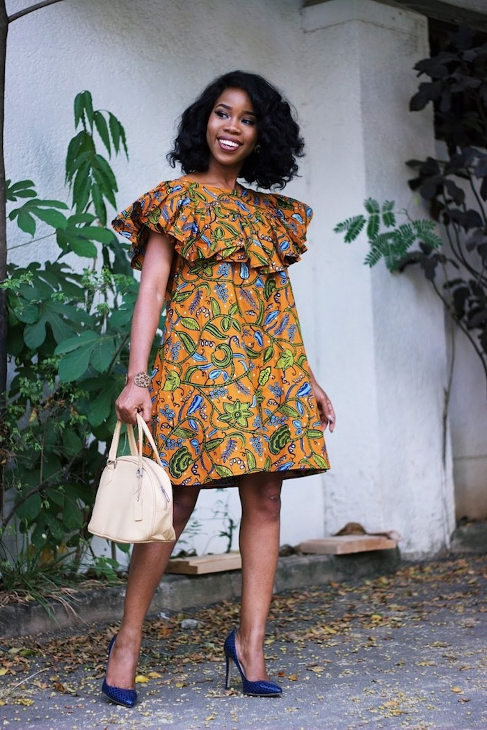 La robe africaine chic robe en pagne africain chic tendance beauté chaussures à talon