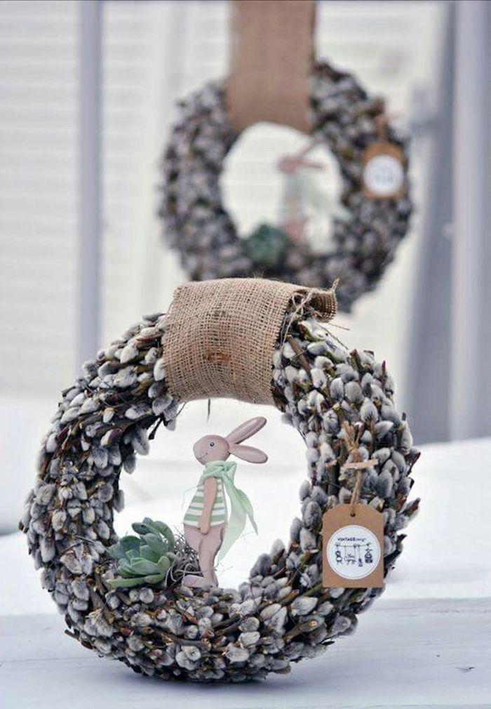 Deco table paques déco de Pâques décoration pâques idée de décoration avec couronne de paques