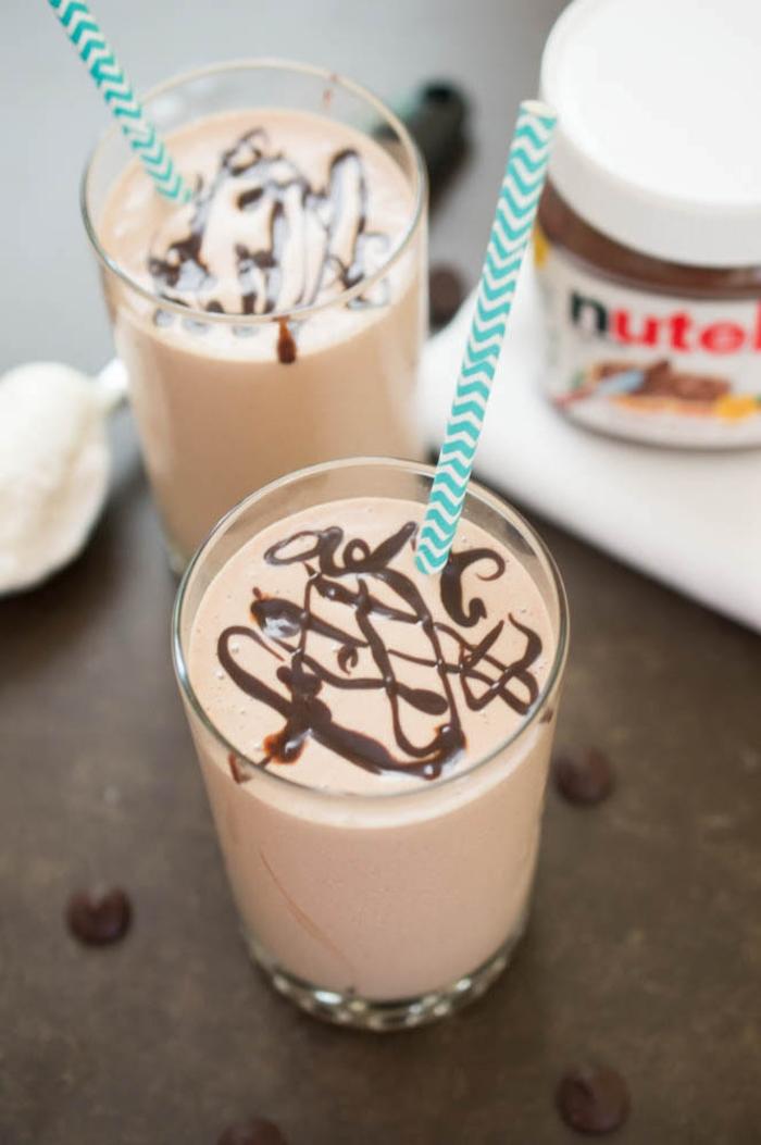 recette au nutella pour faire du milkshake décadent au chocolat et au beurre de cacahuète